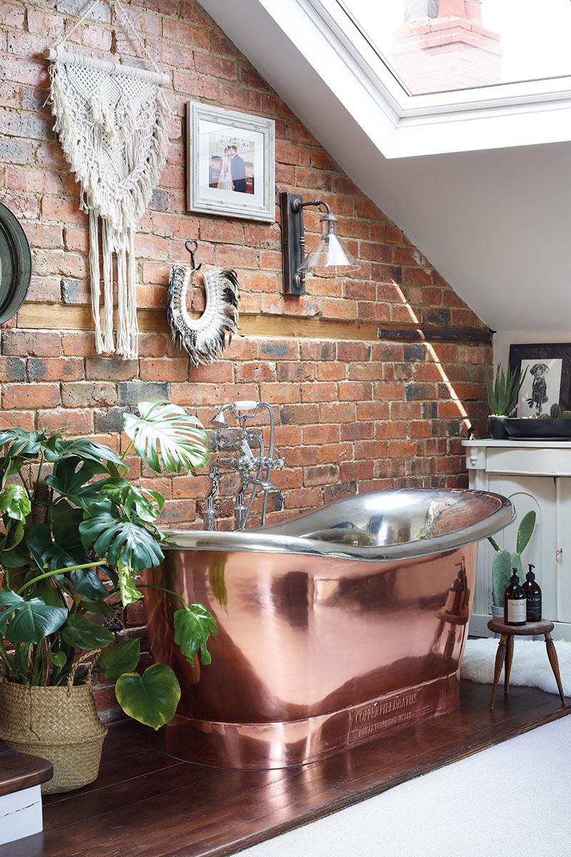 A copper bath