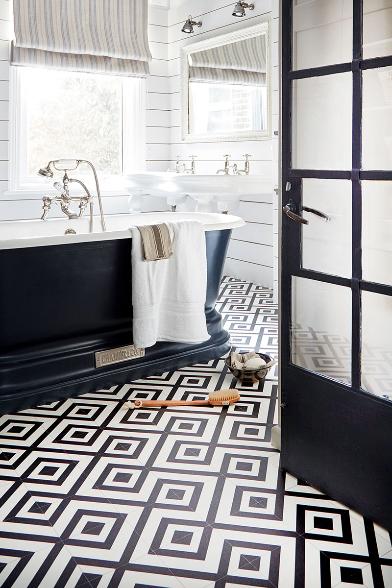 black and white patterned bathroom floor tiles