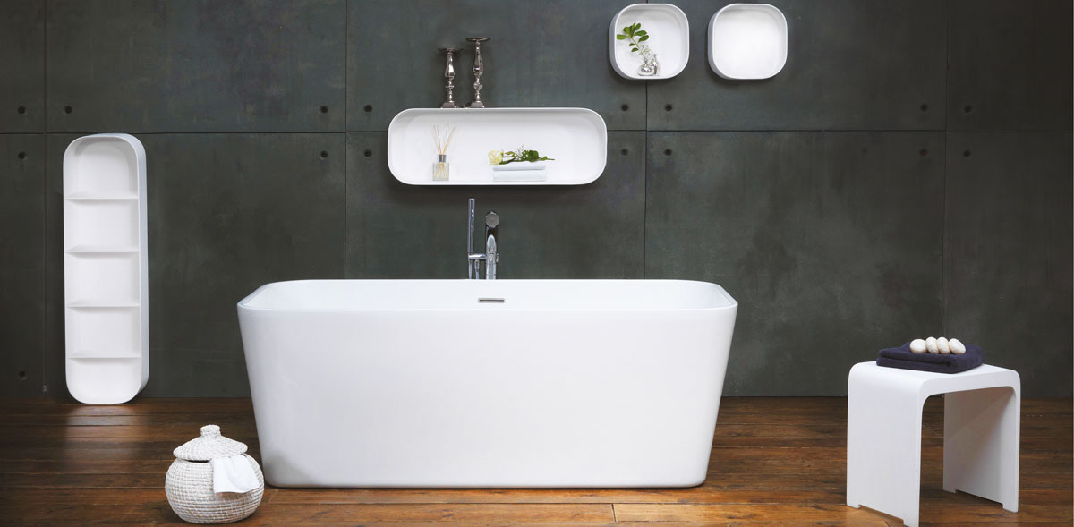 Shelf around the bath