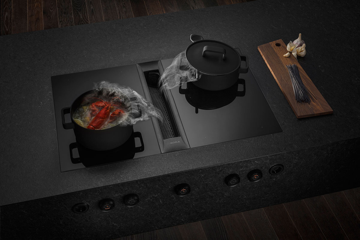 Vented induction hob