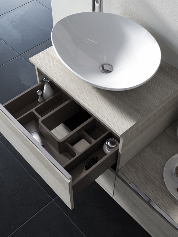 Unit with drawers