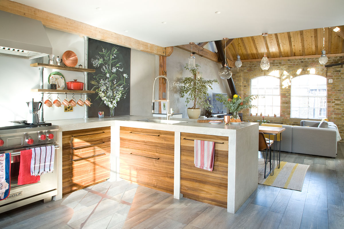 L shape industrial kitchen