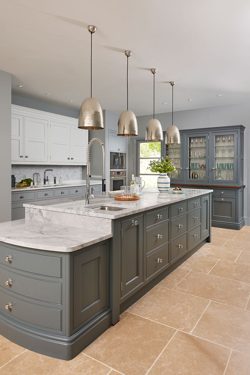 Traditional style Martin Moore kitchen with larder - great if you love to entertain