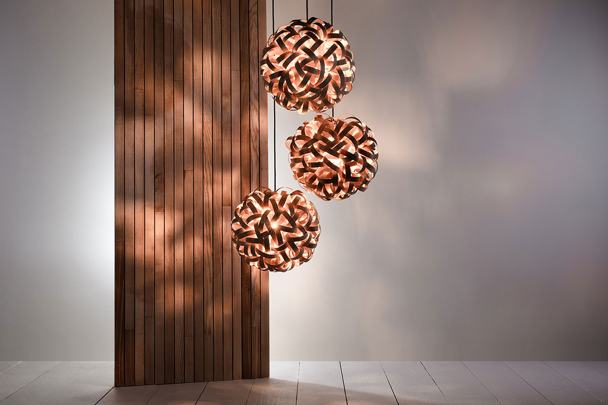 Tom Raffled bedroom lighting oak pendant
