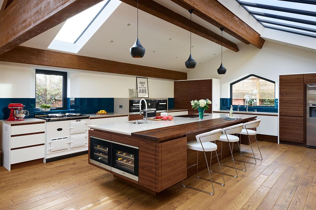 barn kitchen beams