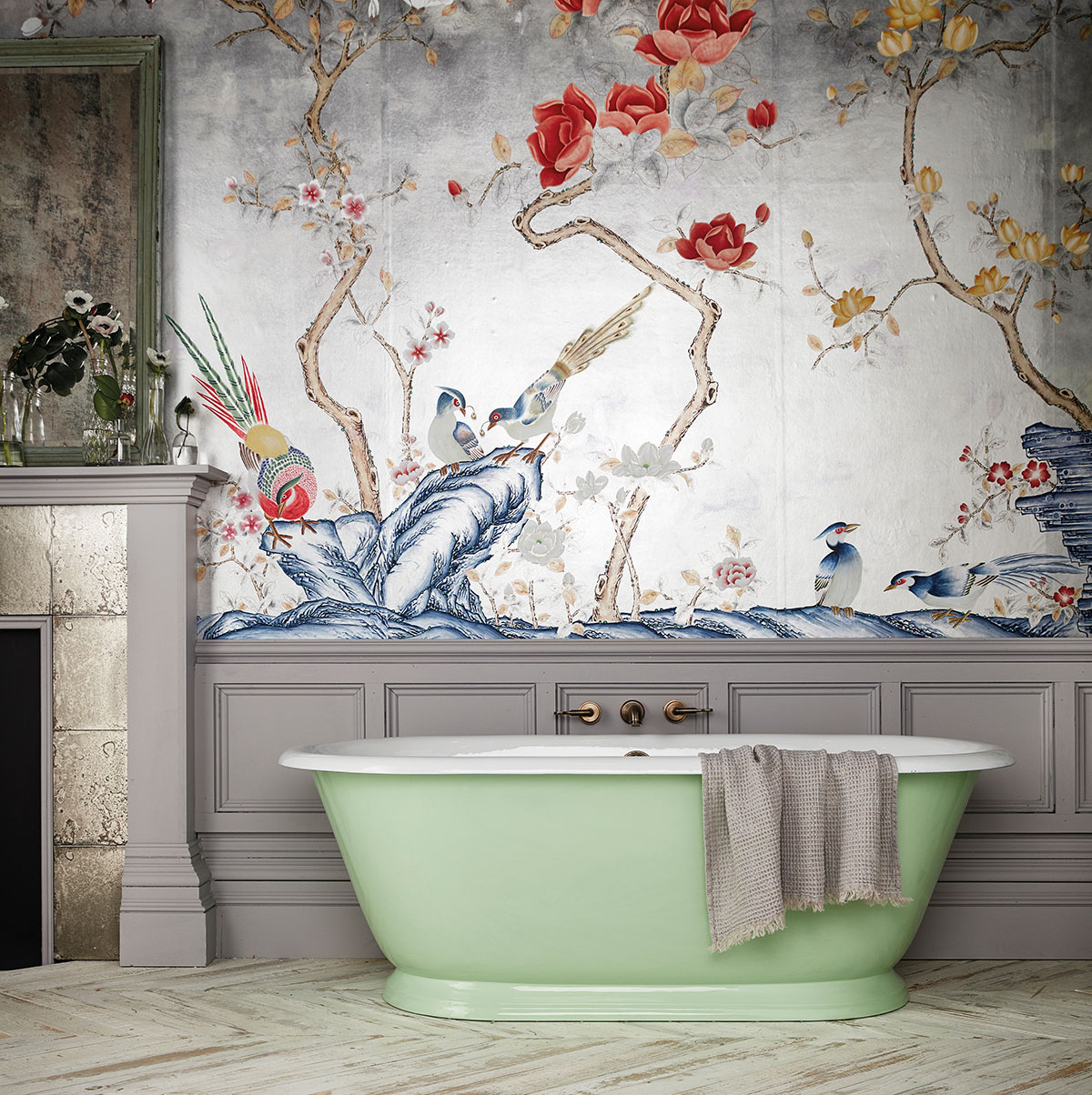 Green freestanding bath