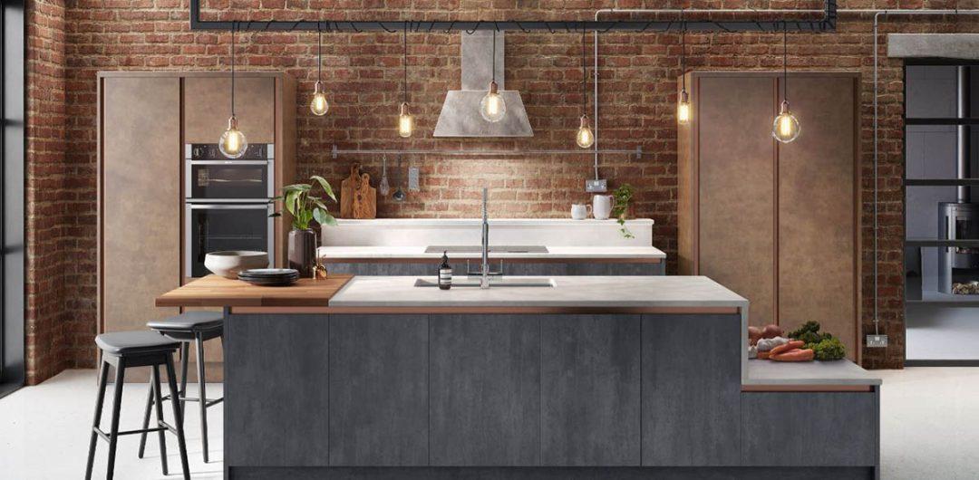 Industrial Wren kitchen with pendant lighting