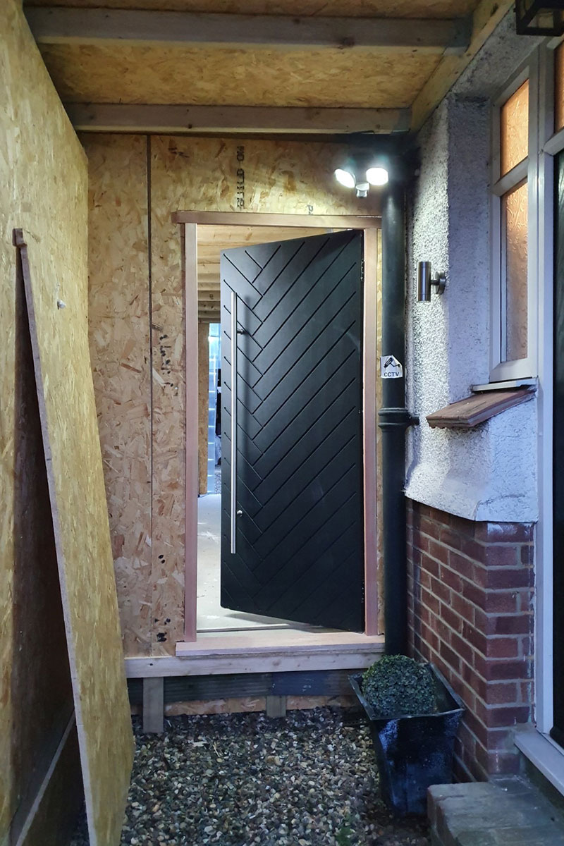 New door for the side-extension project