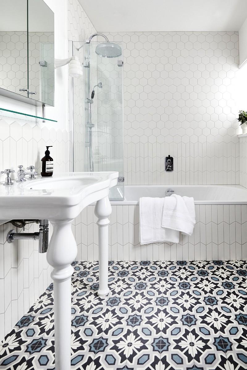 Patterned tile-look vinyl bathroom flooring