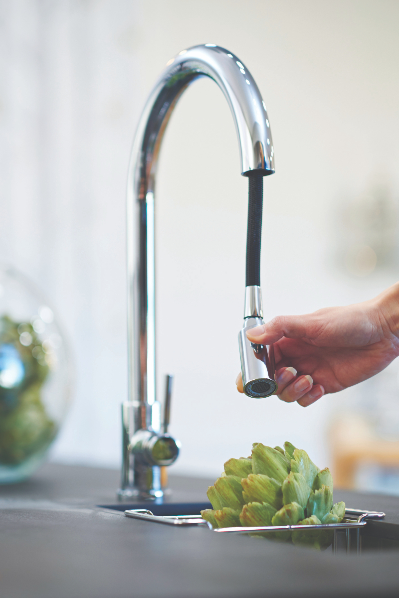 Pull down tap