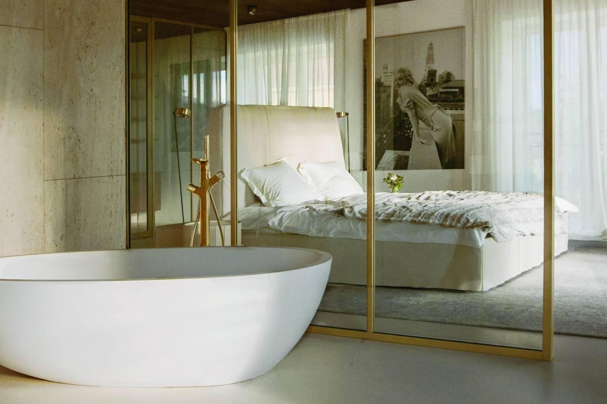 Ivanka Kowalski open-plan master suite