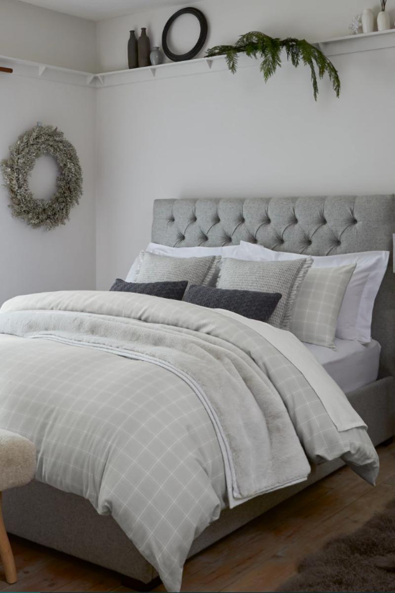 Christmas bedding