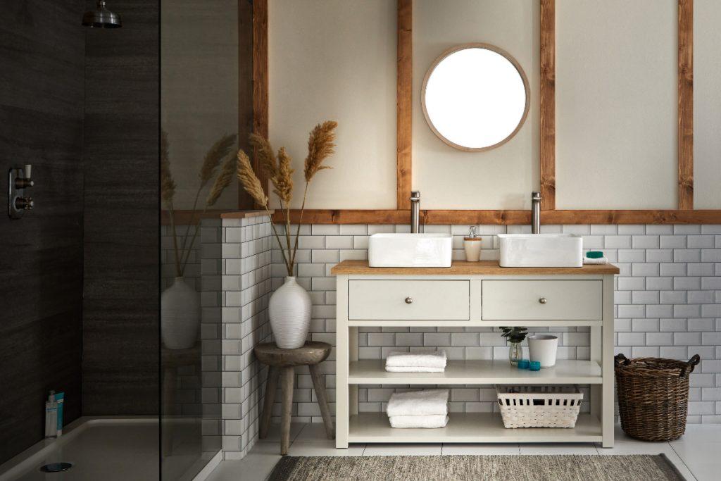 Modern rustic bathroom