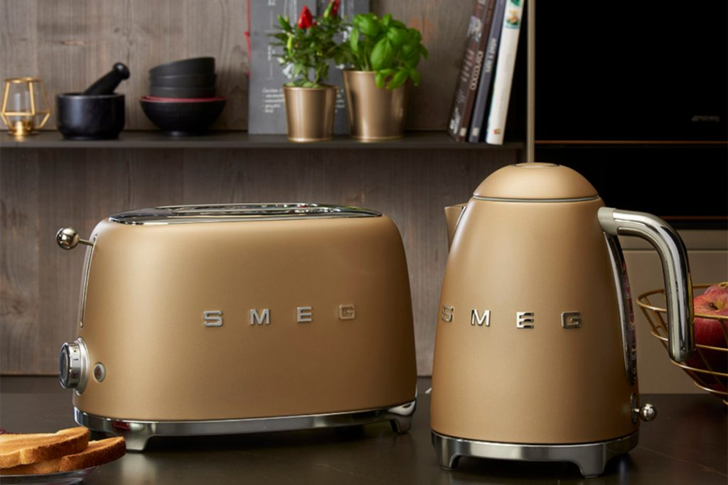 Kettle and toaster sets