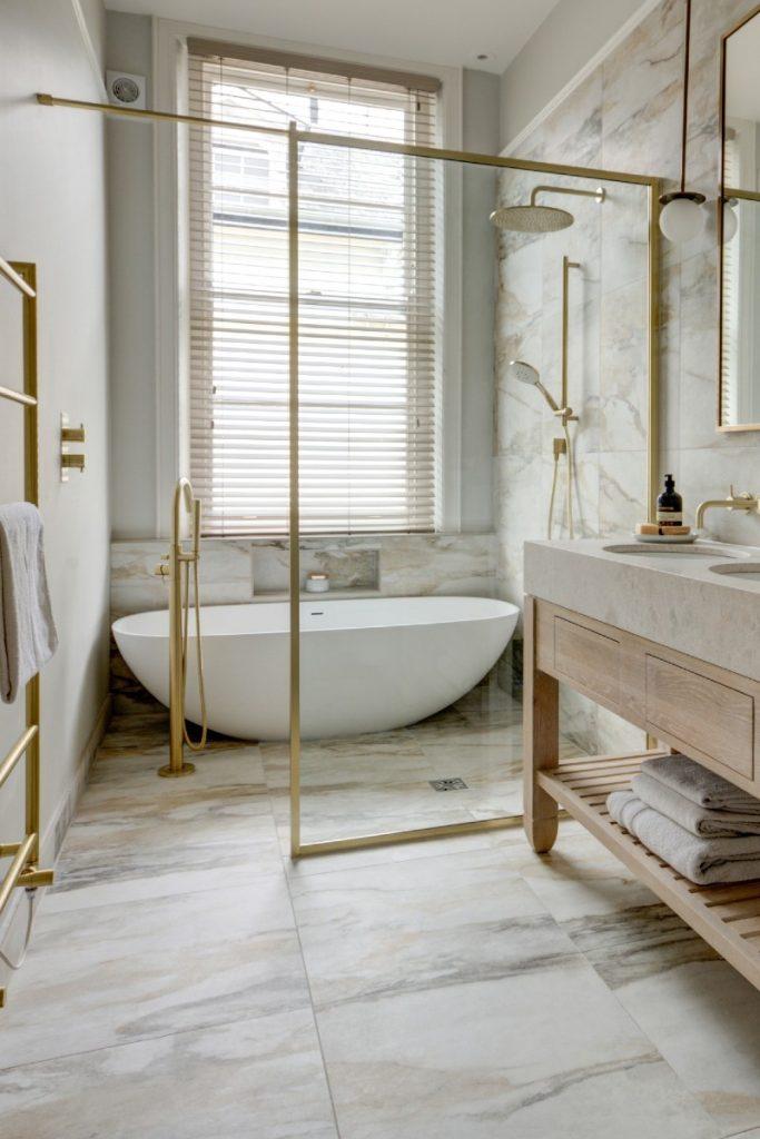 Lapicida double-ended baths