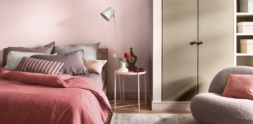 Dusky pink bedroom